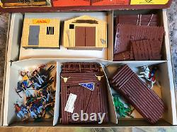 TIMPO TOYS VINTAGE USA 7th CAVALRY & INDIAN BOXED WILD WEST FORT SET RARE