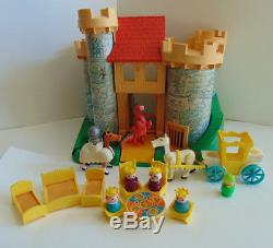 Vintage Fisher Price Little People Castle #993 COMPLETE RARE SET withWHITE HORSE+