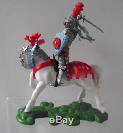 Vintage Rare Britains Swoppets Knights White Charging Horse Plastic 1.32 Scale